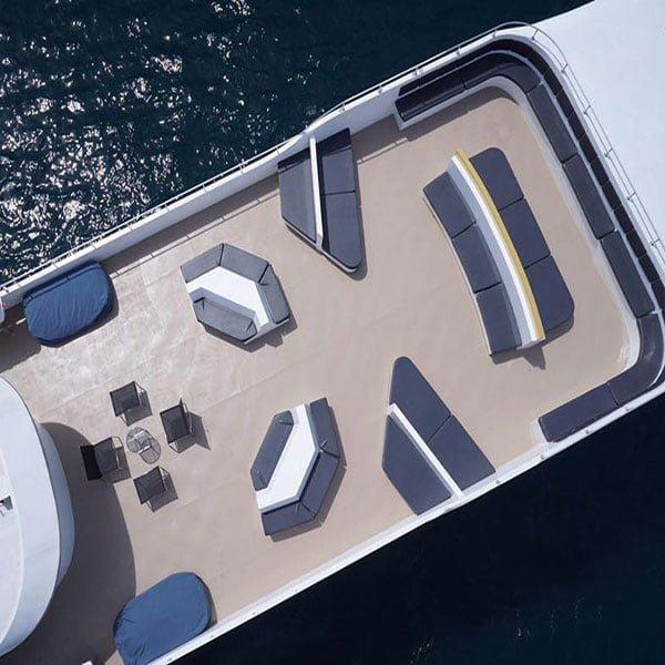 day-trip-phi-phi-island-maya-beach-premium-big-boat-phuket-3