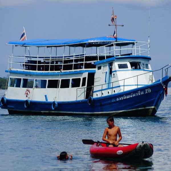 thailand-package-tour-phuket-phang-nga-bay-james-bond-bigboat-5
