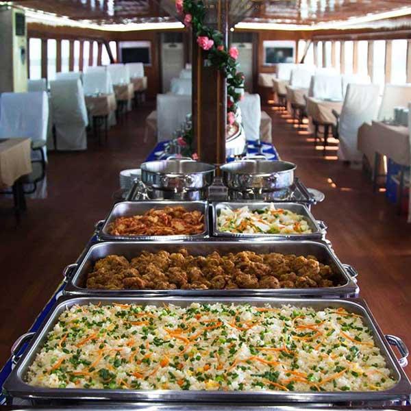 phuket-premium-james-bond-phang-nga-bay-day-trip-modern-boat-6
