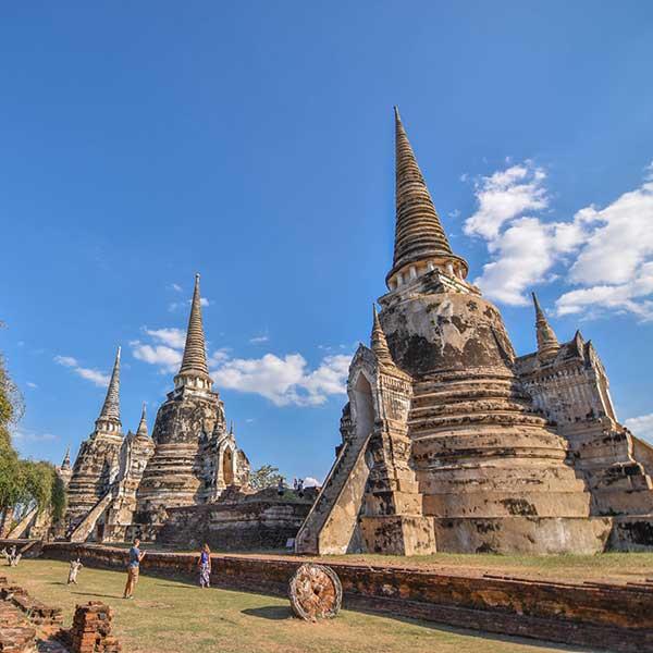 bangkok-ayutthaya-sightseeing-tours-temples-bang-pa-in-summer-palace-2