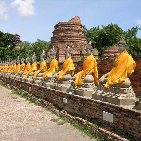 bangkok-ayutthaya-sightseeing-tours-temples-bang-pa-in-summer-palace-3