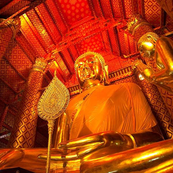 bangkok-ayutthaya-sightseeing-tours-temples-bang-pa-in-summer-palace-4