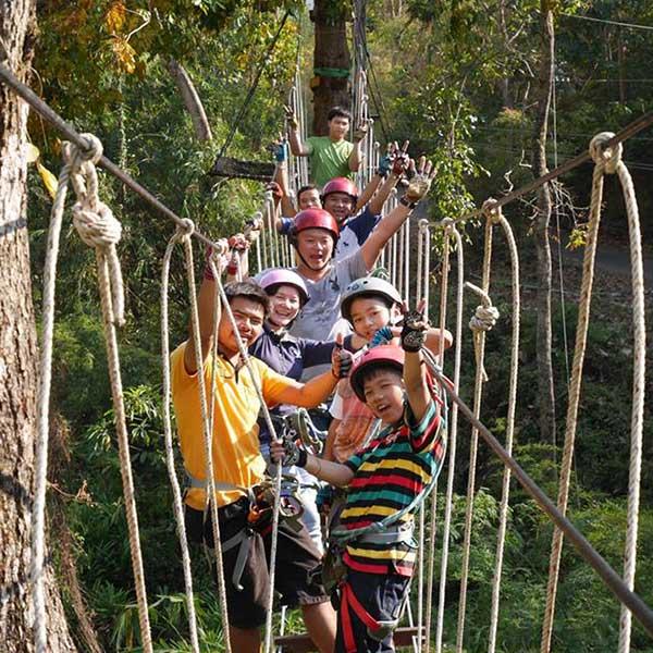 best-outdoor-activities-tree-top-adventure-park-zip-line-rok-climbing-krabi-4