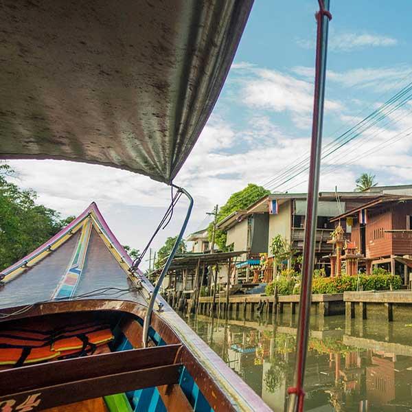 cheap-one-day-tour-floating-market-damnoen-saduak-with-rose-garden-bangkok-thailand-5