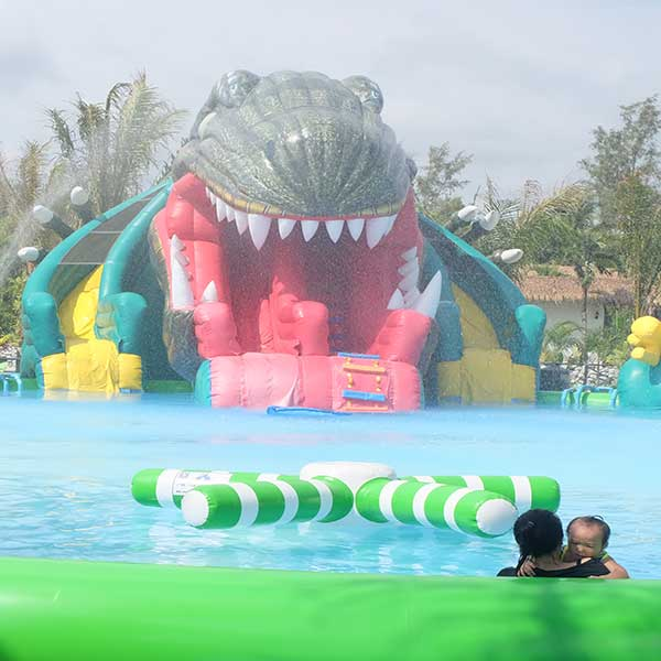 family-fun-water-park-dinosea-world-park-phuket-phang-nga-bay-thailand-10