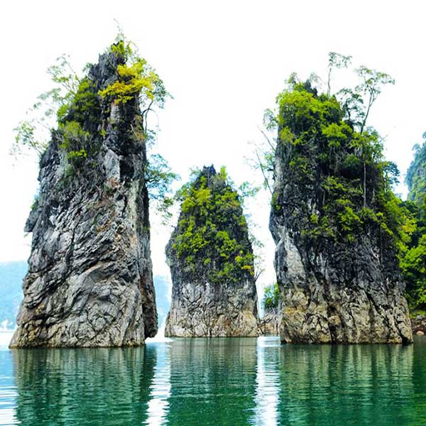 3-days-2-nights-chiew-larn-lake-the-greenery-panvaree-floating-house-resort-surat-thani-3