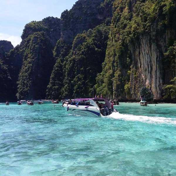 budget-tours-day-trip-phuket-phi-phi-island-maya-bay-khai-island-speedboat-4