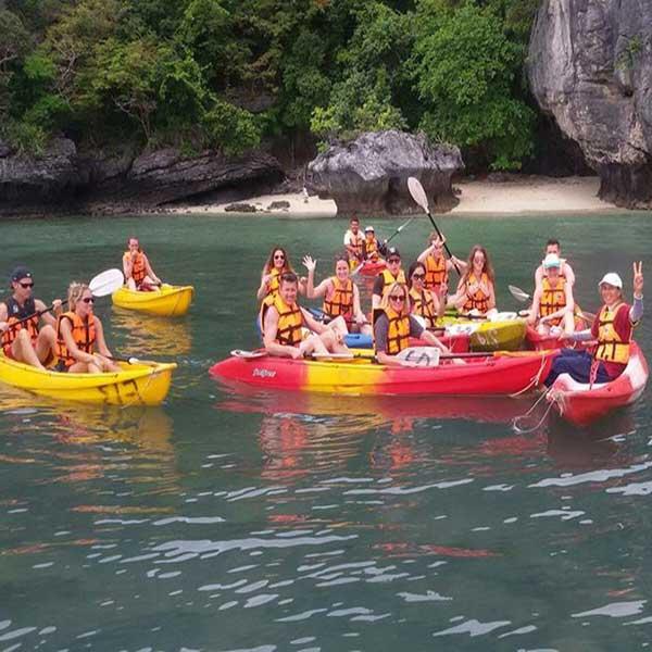 one-day-trip-activities-kayaking-at-ang-thong-national-marin-park-koh-samui-2