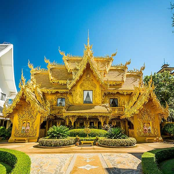 one-day-trip-chiang-rai-white-temple-and-long-neck-karen-hill-tribes-village-chiang-mai-tours-2