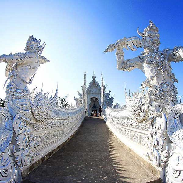 one-day-trip-chiang-rai-white-temple-and-long-neck-karen-hill-tribes-village-chiang-mai-tours-4