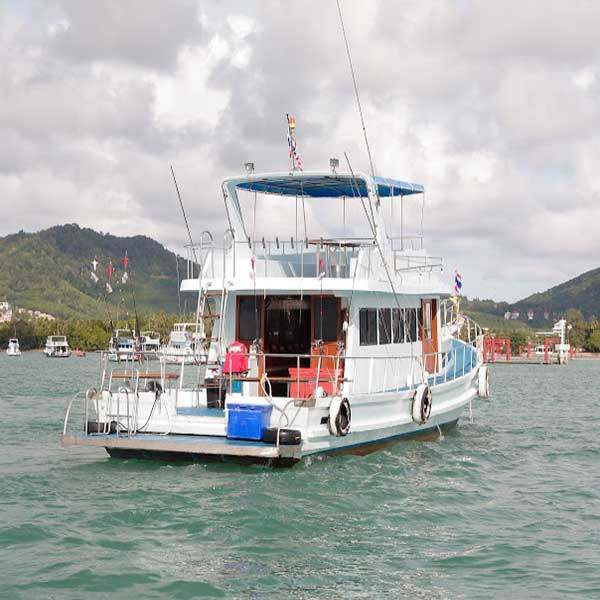 rent-private-charter-day-trip-or-overnight-activities-fishing-trolling-phuket-3