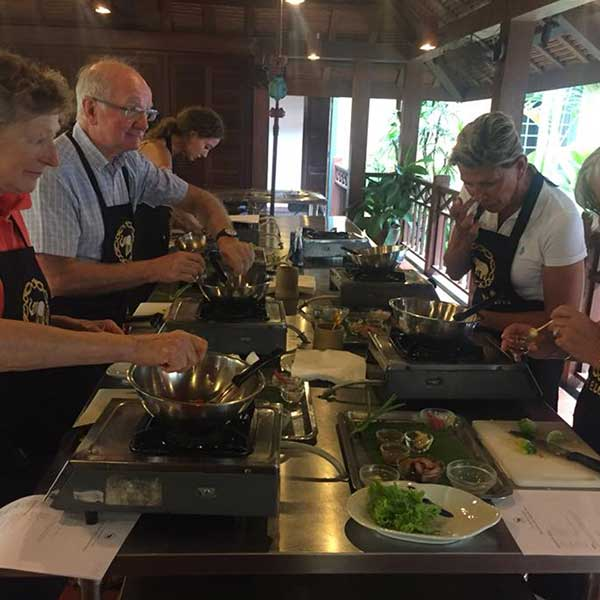 best-experienced-learn-royal-thai-cuisine-cooking-school-blue-elephant-restaurant-phuket-6