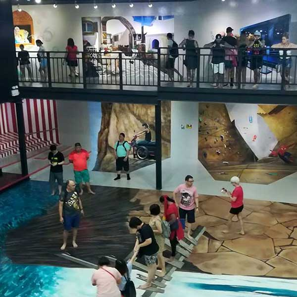 top-best-fun-place-family-things-to-do-booking-phuket-trickeye-museum-2