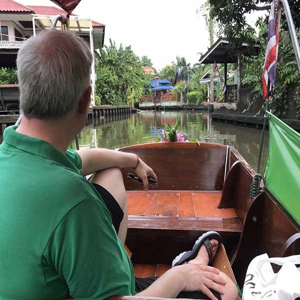day-trip-tour-see-floating-market-life-bangkok-tours-thailand-5