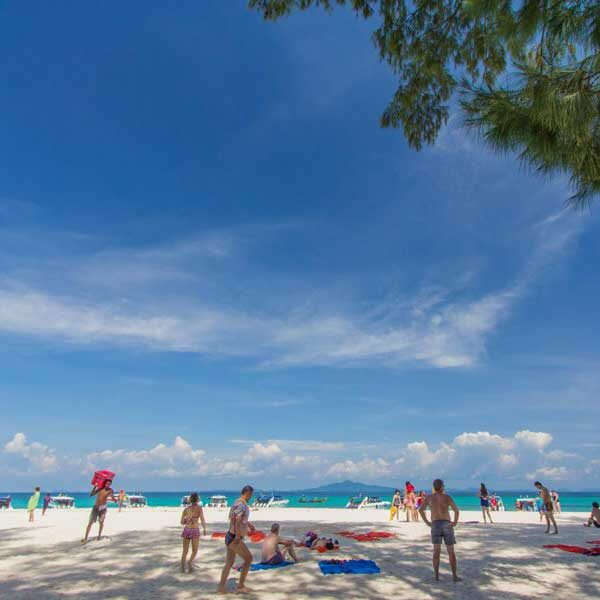 full-day-trip-premium-phi-phi-island-bamboo-island-by-speedboat-3