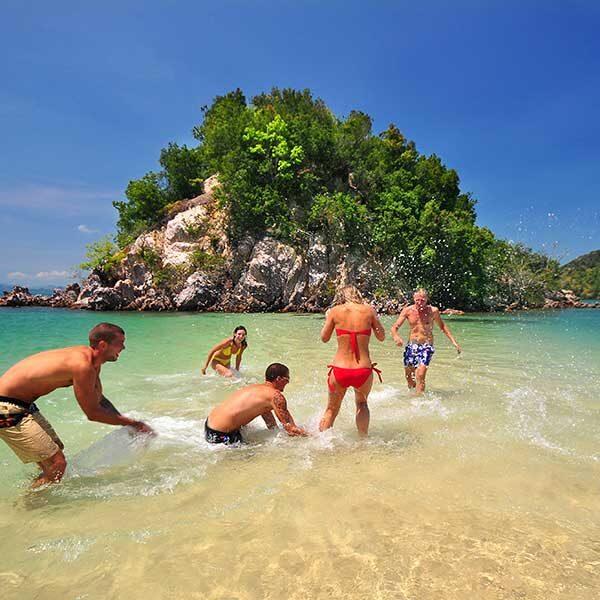 phuket-premium-sawasdee-krabi-hong-island-by-catamaran