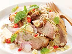 thai-cuisine-cooking-school-blue-elephant-duck-salad-with-tangerine-sauce