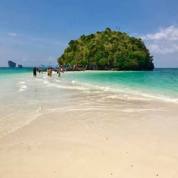One-Day-Trip-Krabi-4-islands-by-long-tail-boat-2