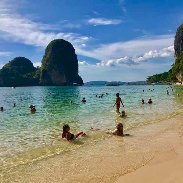 One-Day-Trip-Krabi-4-islands-by-long-tail-boat-8