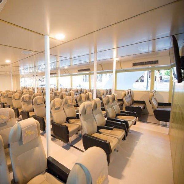 big-boat-trip-phi-phi-island-thailand