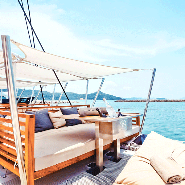 thailand-tours-catamaran-hype-luxury-party-boat-club-phuket
