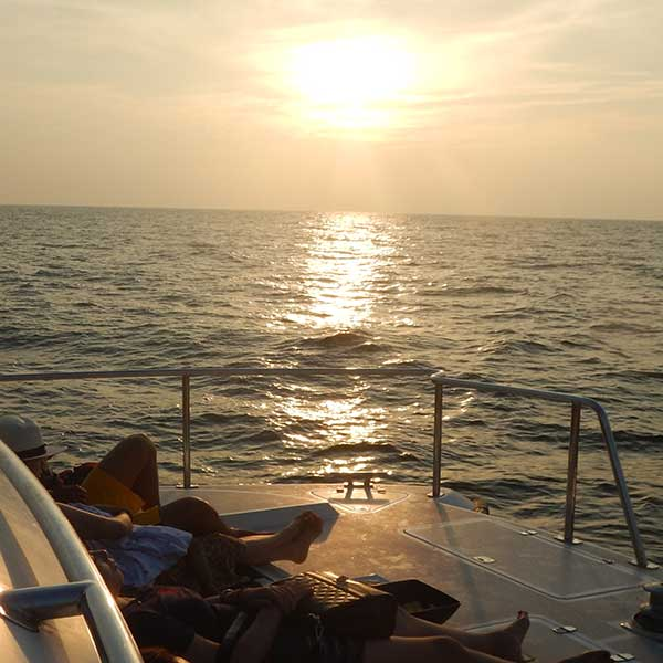phuket-power-catamaran-sunset-cruise-maiton-racha-island-7