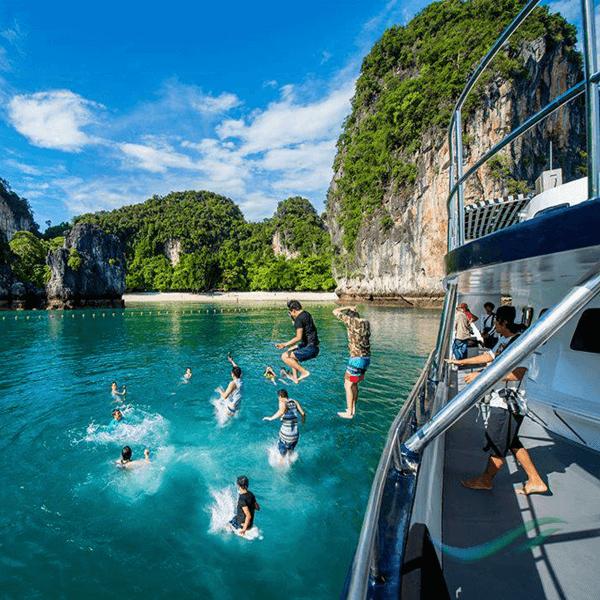 krabi-luxury-day-trip-4-islands-catamaran-sunset-cruise-6