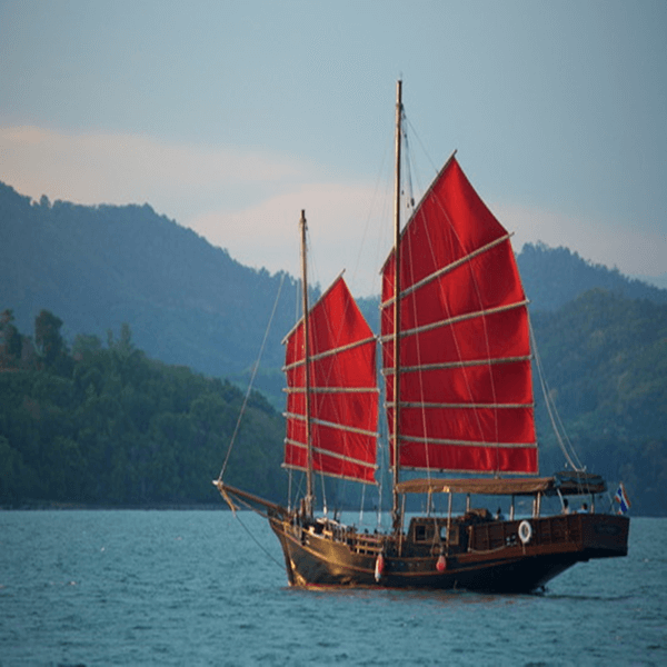 thailand-tour-phuket-june-bahtra-phang-nga-bay-cruise-2