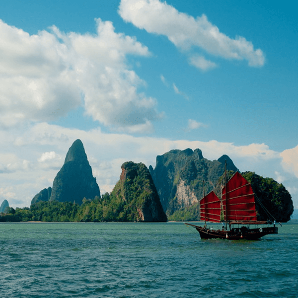 thailand-tour-phuket-june-bahtra-phang-nga-bay-cruise-5