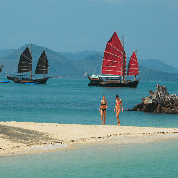 thailand-tour-phuket-june-bahtra-phang-nga-bay-cruise-6