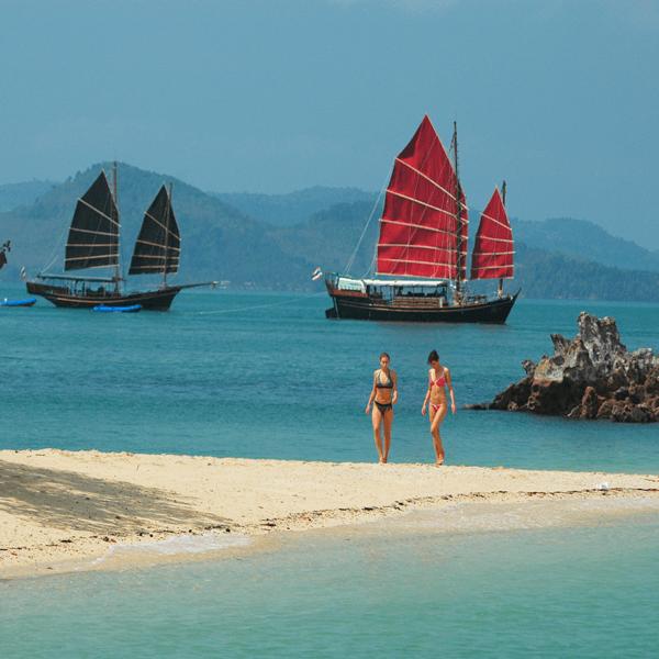 thailand-tour-phuket-june-bahtra-phang-nga-bay-cruise-6