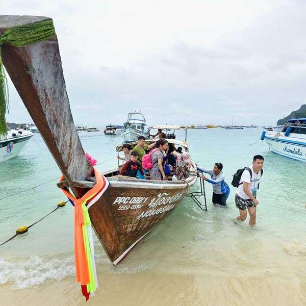 phuket-premium-phi-phi-island-catamaran-day-trip-9
