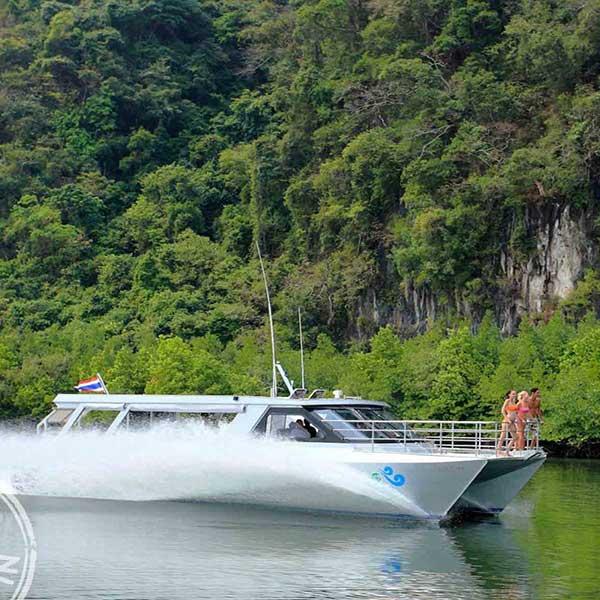phuket-best-tour-koh-hong-krabi-premium-catamaran-8