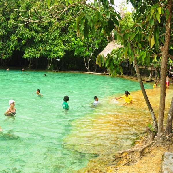 krabi-daily-tours-jungle-tour-hot-spring-waterfall-emerald-pool-6