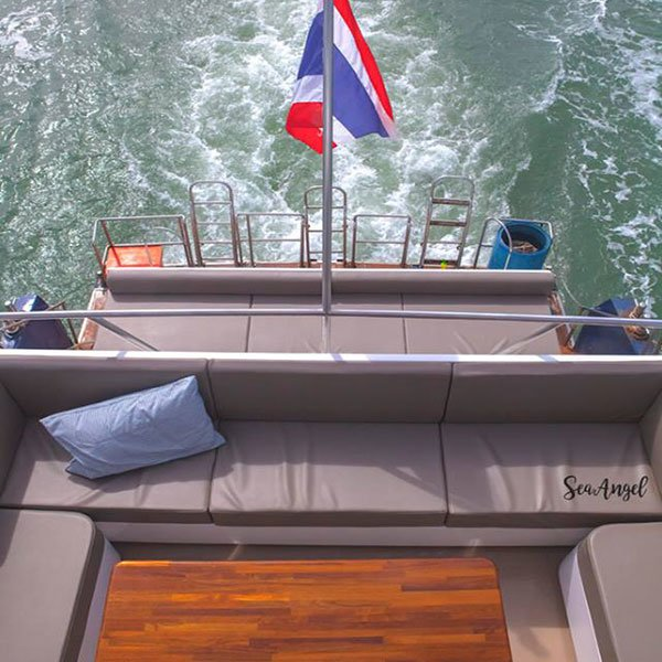 phuket-premium-james-bond-phang-nga-bay-day-trip-modern-boat-4