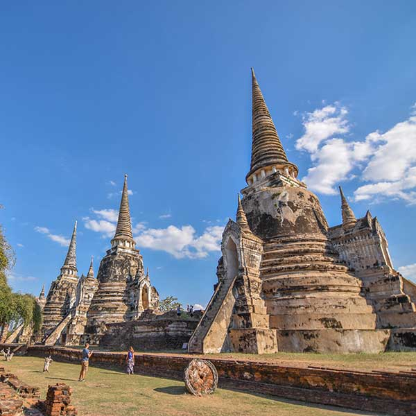 bangkok-ayutthaya-sightseeing-tours-temples-bang-pa-in-summer-palace-2