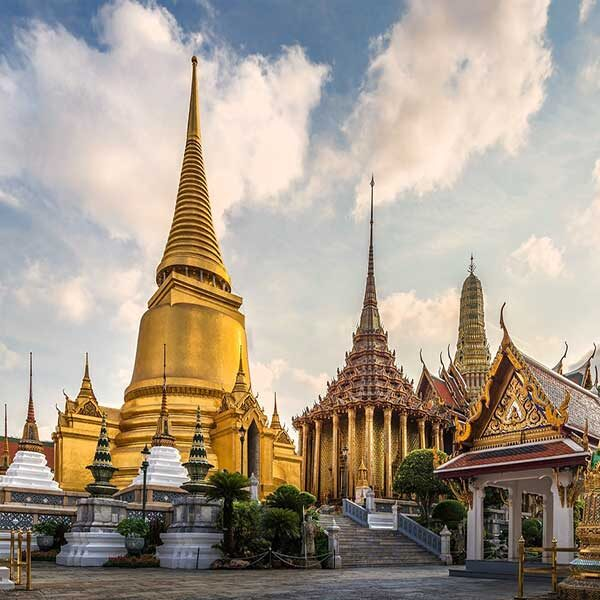 bangkok-sightseeing-landmark-tour-royal-grand-palace-and-emerald-buddha-2