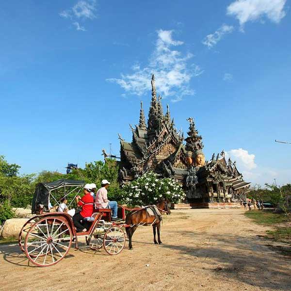 bangkok-sightseeing-the-sanctuary-of-truth-pattaya-prasat-sut-ja-tum-4