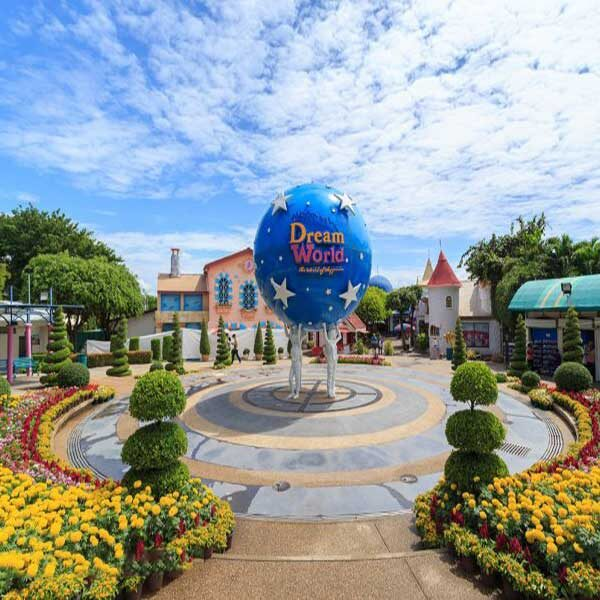 bangkok-theme-park-family-fun-filed-entertaining-tour-dream-world-anniversary-5