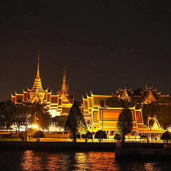 best-cheap-romantic-bangkok-dinner-river-cruise-chao-phraya-princess-4