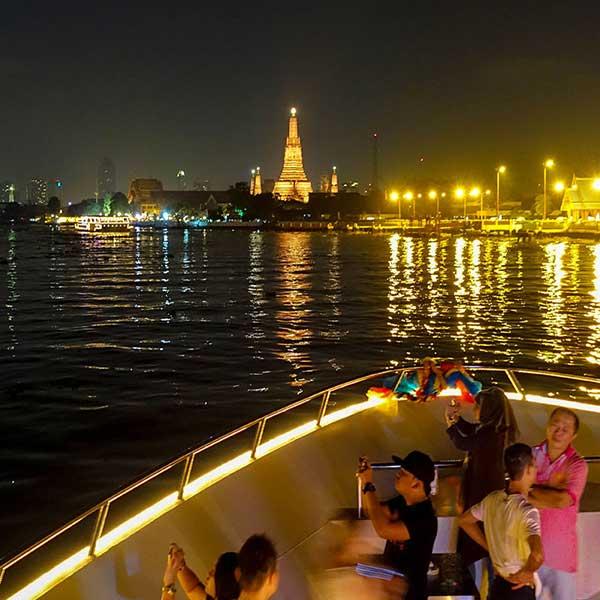 best-cheap-romantic-bangkok-dinner-river-cruise-chao-phraya-princess-5