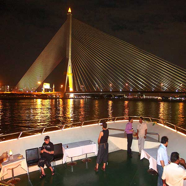 best-cheap-romantic-bangkok-dinner-river-cruise-chao-phraya-princess-6