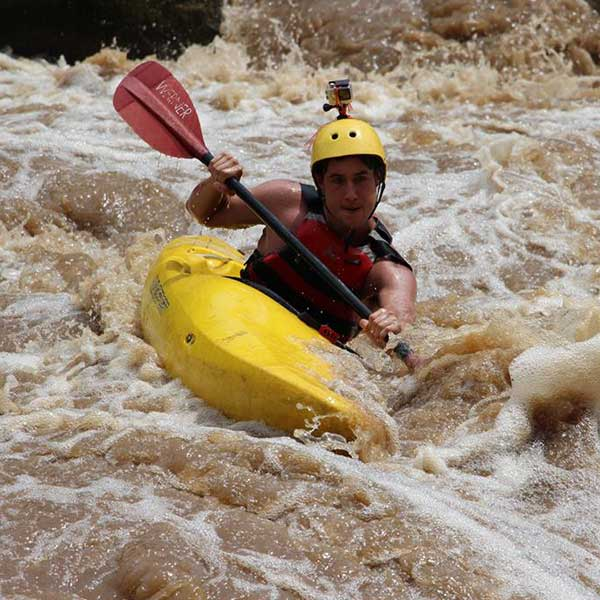 full-day-adventure-white-water-kayak-mae-taeng-river-chiang-mai-thailand-tours-3
