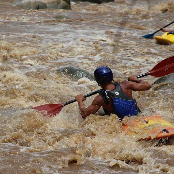 full-day-adventure-white-water-kayak-mae-taeng-river-chiang-mai-thailand-tours-5