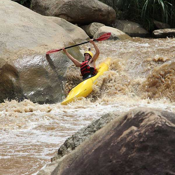 full-day-adventure-white-water-kayak-mae-taeng-river-chiang-mai-thailand-tours