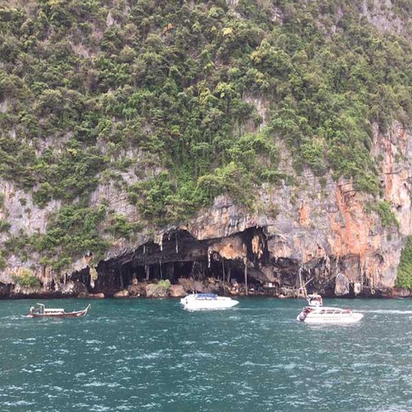 budget-tours-day-trip-phuket-phi-phi-island-maya-bay-khai-island-speedboat-3