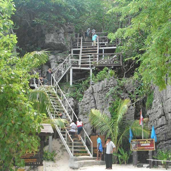 one-day-trip-activities-kayaking-at-ang-thong-national-marin-park-koh-samui-9