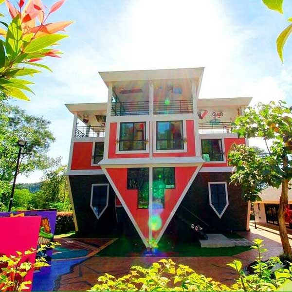 baan-teelanka-upside-down-house-phuket-2