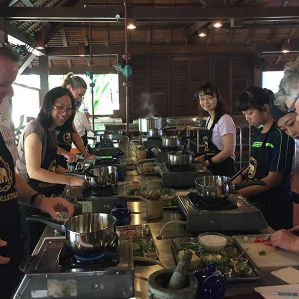 best-experienced-learn-royal-thai-cuisine-cooking-school-blue-elephant-restaurant-phuket-8
