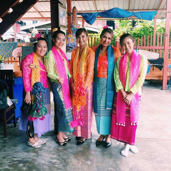 day-trip-tour-see-real-thai-experience-hidden-mon-community-bangkok-5